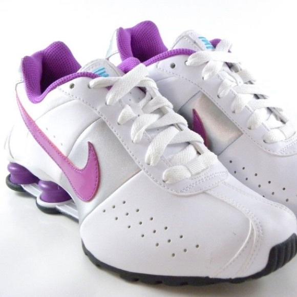 new styles e3c2b 2b1d5 Nike Shox Classic II Womens Running Shoes size 11.  M 5c1712685c44521433f800a5
